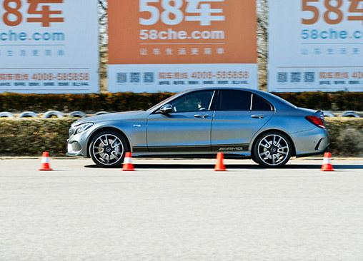 梅赛德斯-AMG C43性能测试 请小心驾驶